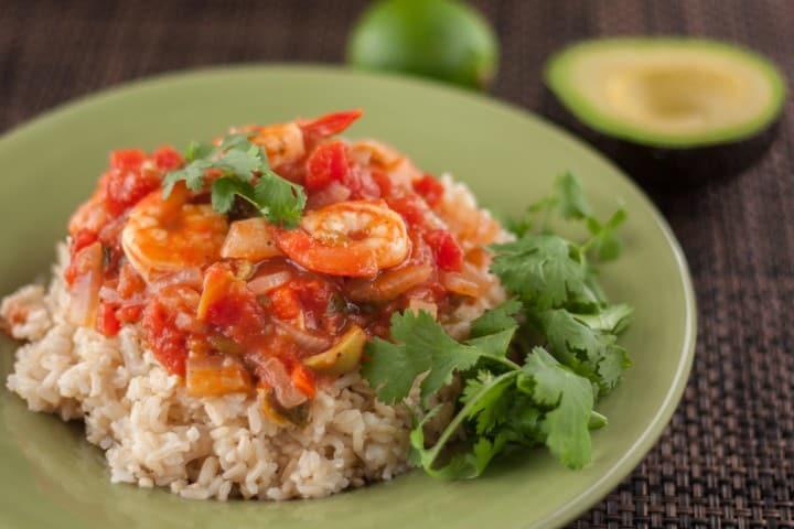 Vera Cruz Shrimp with Green Olives - www.platingpixels.com