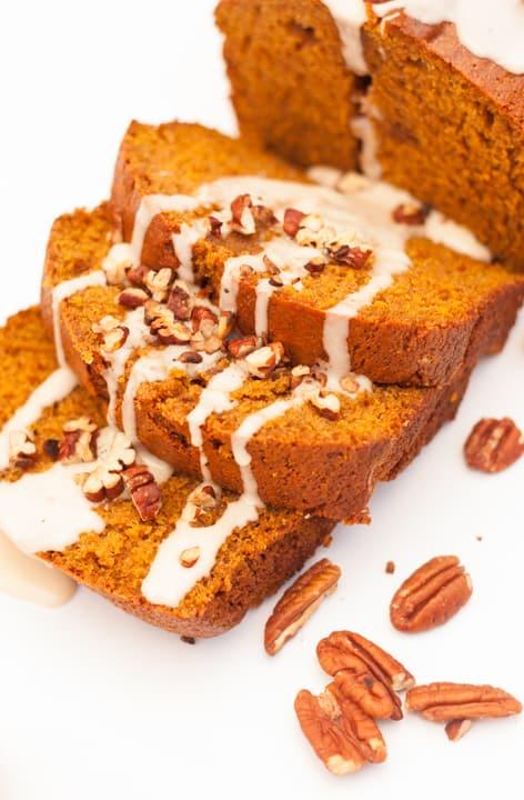 Pumpkin Bread with Maple Glaze - www. platingpixels.com width=