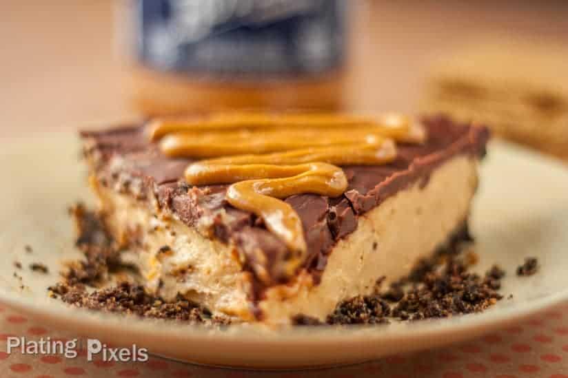 Fudgy Chocolate Peanut Butter Cheesecake - www.platingpixels.com