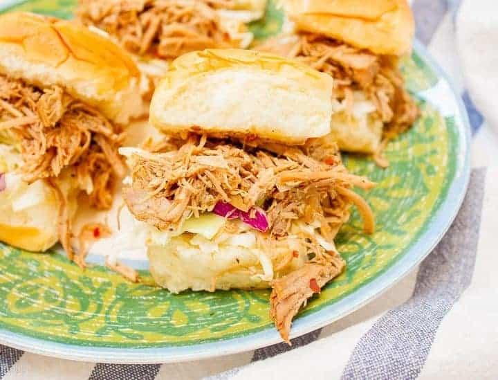 Slow Cooker Carolina Style Pulled Pork Sliders - Plating Pixels