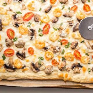 Shrimp Scampi Flatbread Pizza