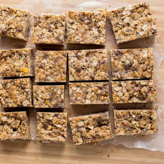 Peanut Butter Cereal Bars (Gluten Free & Vegan)