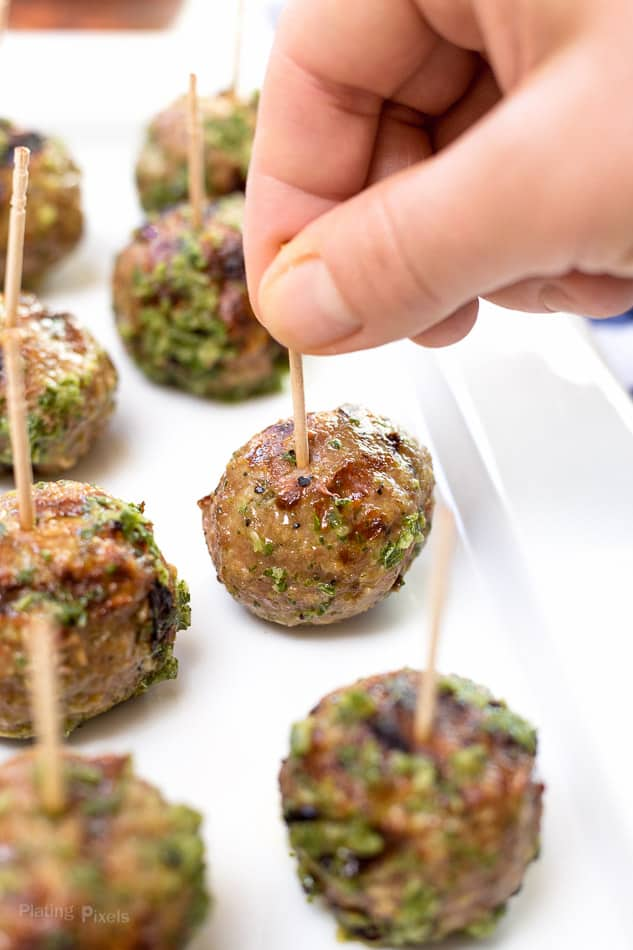 Greek Turkey Meatballs with Cucumber Mint Sauce recipe - www.platingpixels.com