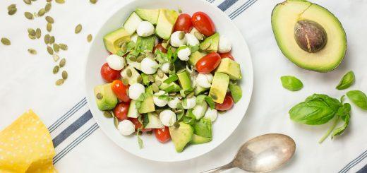 Mozzarella Avocado Caprese Salad recipe - www.platingpixels.com