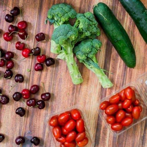 How to Keep Produce Fresh Longer (including organic) - www.platingpixels.com