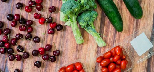How to Keep Produce Fresh Longer (including organic) - www.platingpixels.com