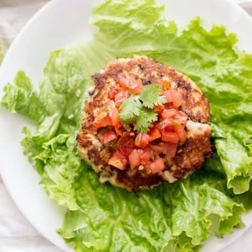 Healthy Tuna Cakes recipe (Protein Style) - www.platingpixels.com