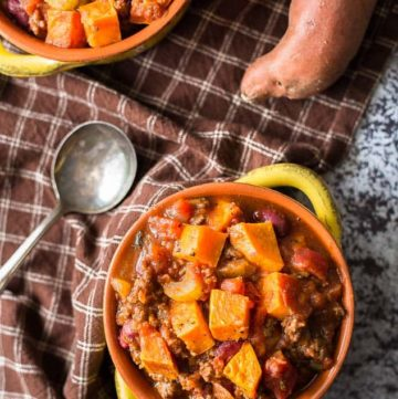 Roasted Sweet Potato Chili recipe - www.platingpixels.com