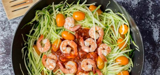 Tuscan Style Sardine and Shrimp Zoodles recipe - www.platingpixels.com