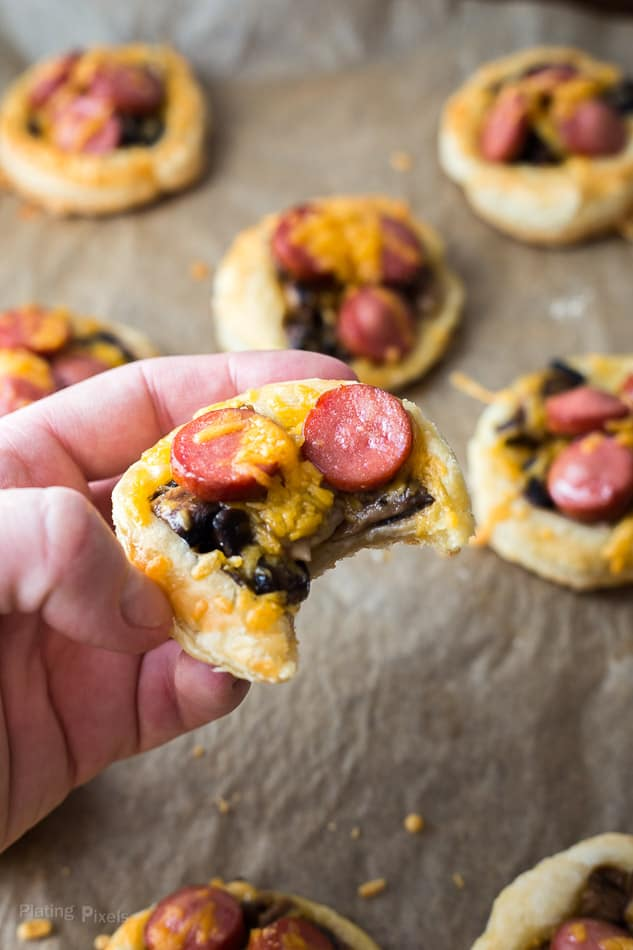 Cheesy Hot Dog Tartlets recipe - www.platingpixels.com
