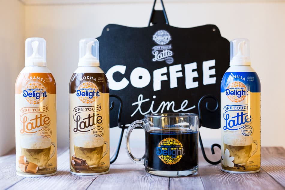 Easy Homemade Latte recipe (with One Touch Latte™) - www.platingpixels.com