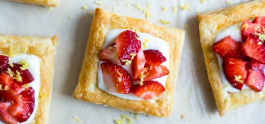 Strawberry Lemon Cream Breakfast Tarts recipe - www.platingpixels.com