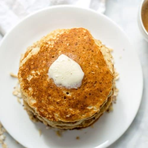 Lightened Up Banana Oatmeal Pancakes recipe - www.platingpixels.com