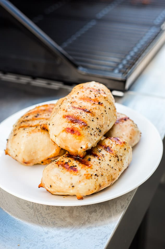 How to Grill Chicken Breast that are Moist and Tender