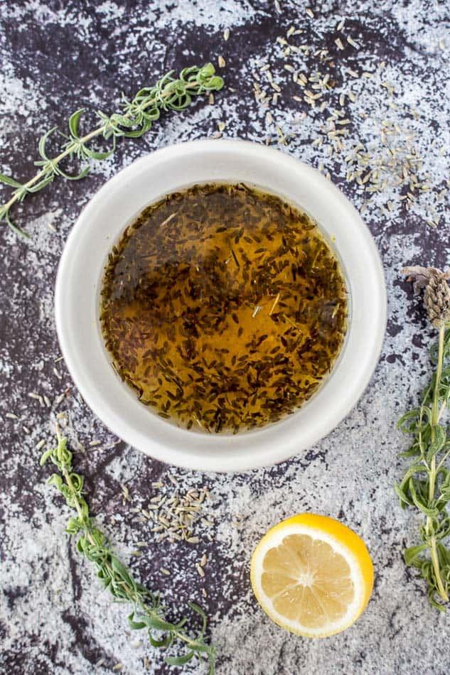 Lavender Lemon Sparkler Cocktail recipe - www.platingpixels.com