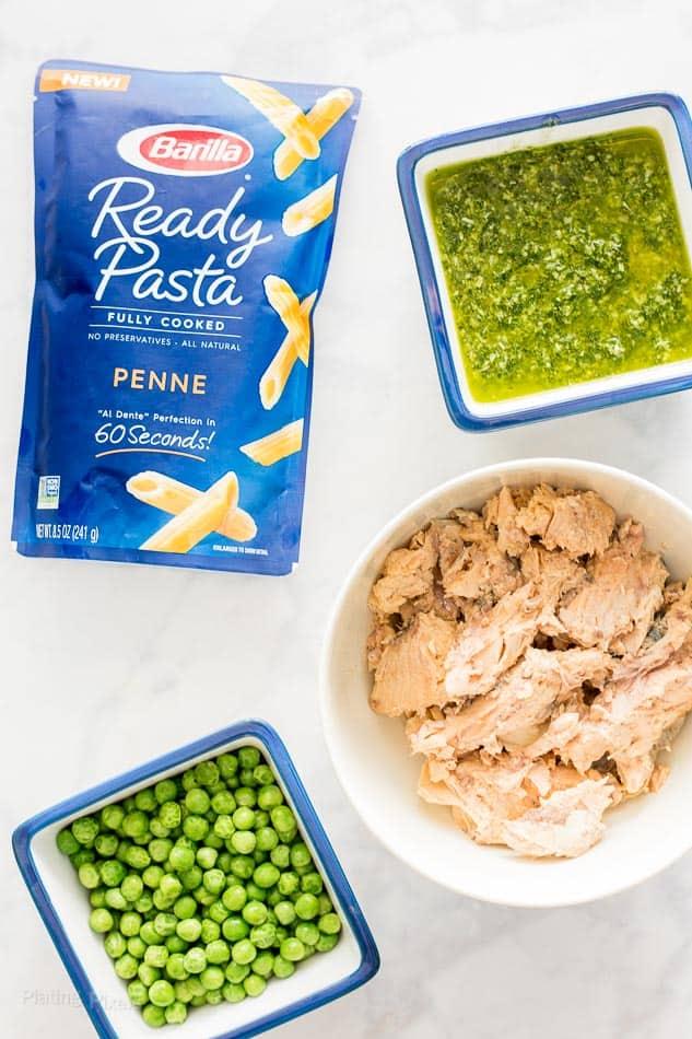 Easy Salmon Pesto Pasta recipe - www.platingpixels.com