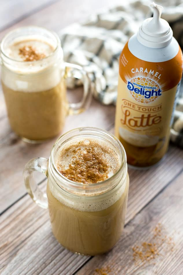 Homemade Caramel Pumpkin Spice Latte recipe - platingpixels.com