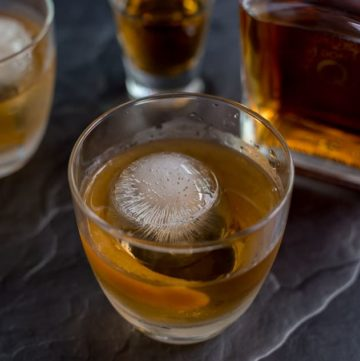 How to Make Rum Old Fashioned Cocktail recipe - platingpixels.com
