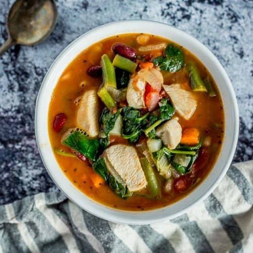 One Pot Chicken Minestrone Soup recipe - platingpixels.com