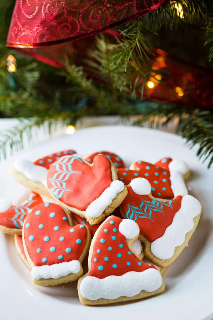 Decorating Christmas Cookies.Ultimate Guide To Decorated Christmas Cookies 40 Recipes