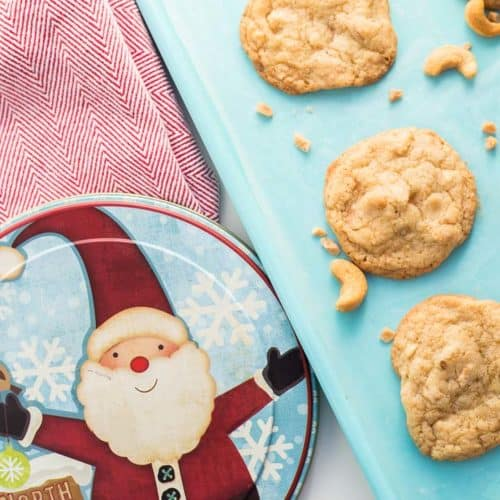 Chewy Cashew Toffee Cookies
