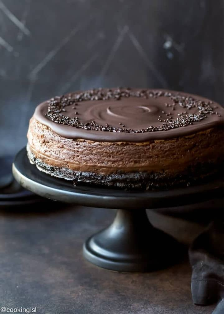 Chocolate Mascarpone Cheesecake in a cake platter - Roundup of Romantic Chocolate Desserts for Valentine's Day