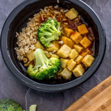 Bowl of Sweet Earth General Tso's Tofu